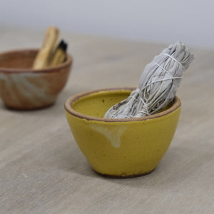 Incausa |  Stoneware Smudge Bowl (Woo Yellow)