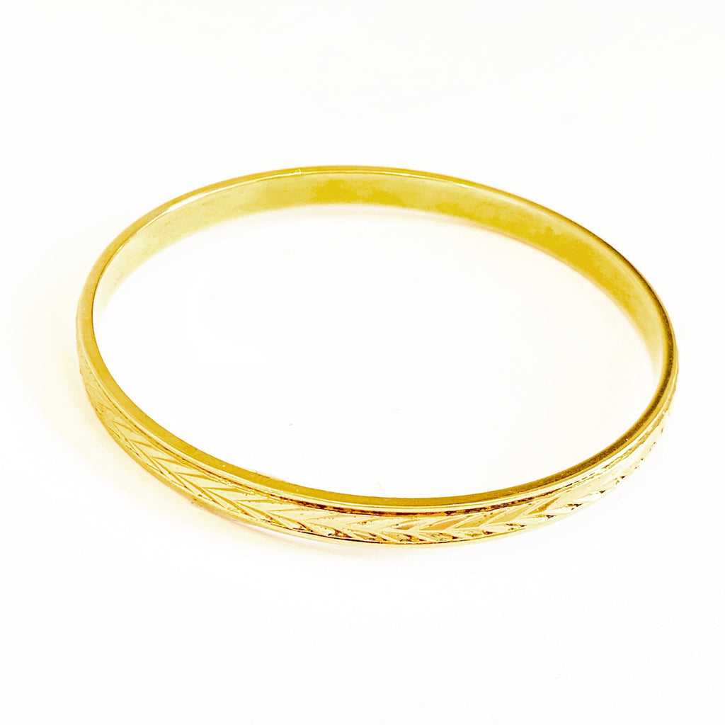 Yellow gold overlay bangle bracelet - Ilumine Gallery Store dainty jewelry affordable fine jewelry