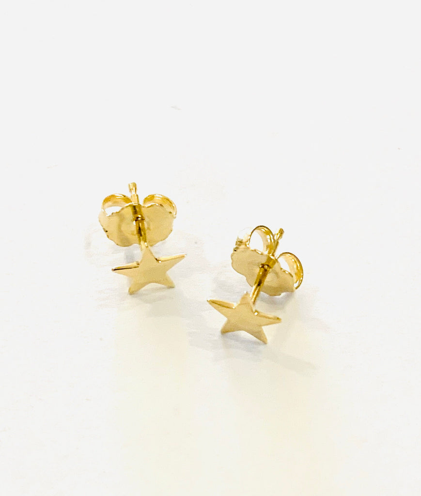 Solid gold star studs - Ilumine' Gallery