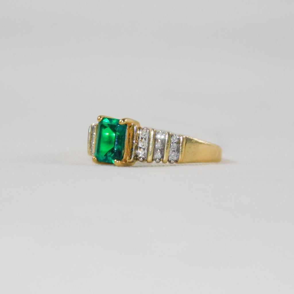10k solid yellow gold ring with diamonds and emerald - Ilumine Gallery Store dainty jewelry affordable fine jewelry