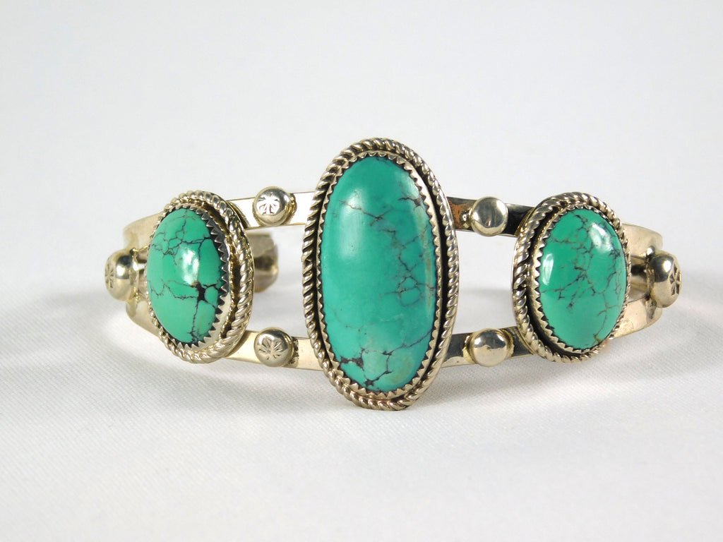 Sterling silver turquoise bracelet - Ilumine Gallery Store dainty jewelry affordable fine jewelry