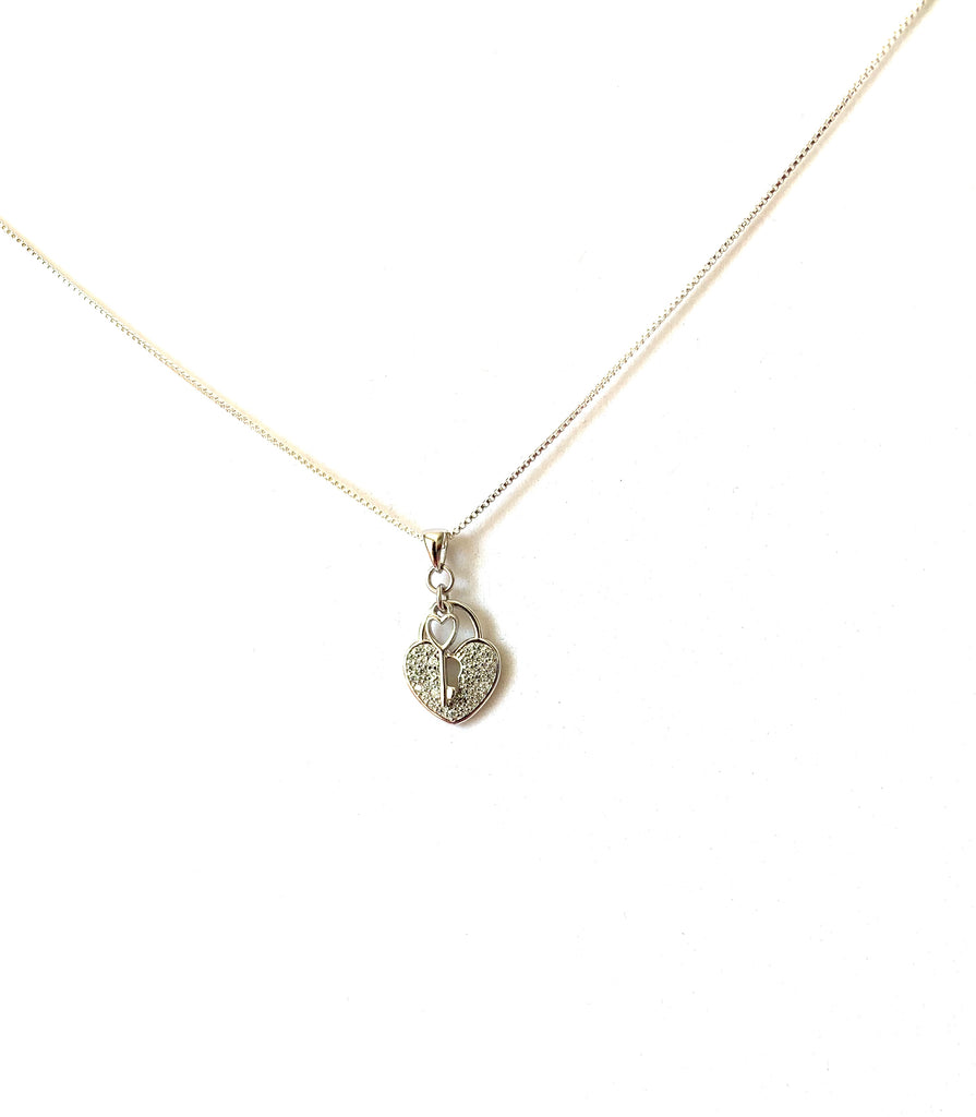 Necklace sterling silver 925 key to my heart pendant - Ilumine Gallery Store dainty jewelry affordable fine jewelry