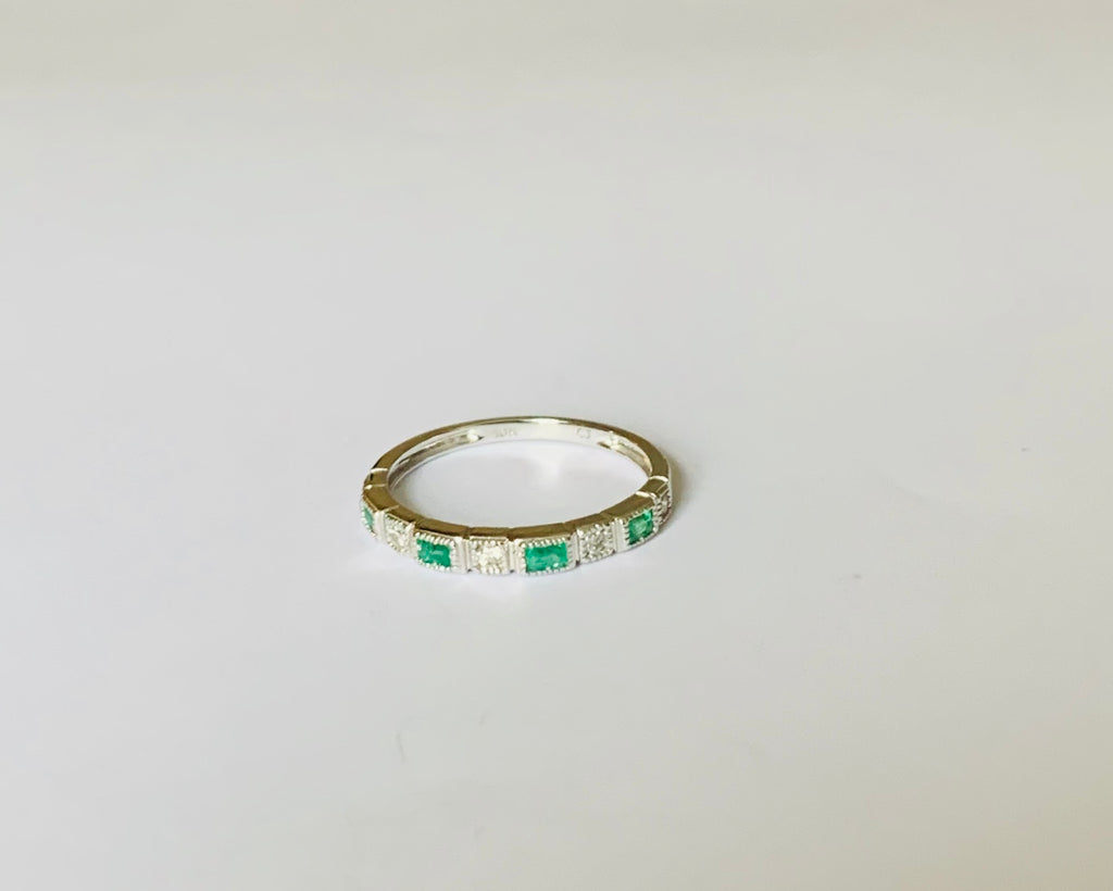 Rings solid yellow gold and solid white gold diamonds and emerald ring - Ilumine Gallery Store dainty jewelry affordable fine jewelry