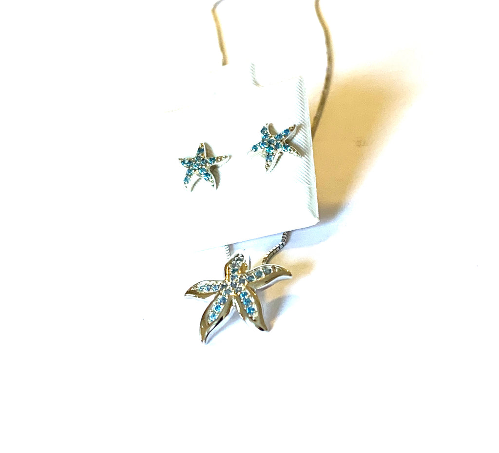 Necklace and earrings starfish set - Ilumine Gallery Store dainty jewelry affordable fine jewelry