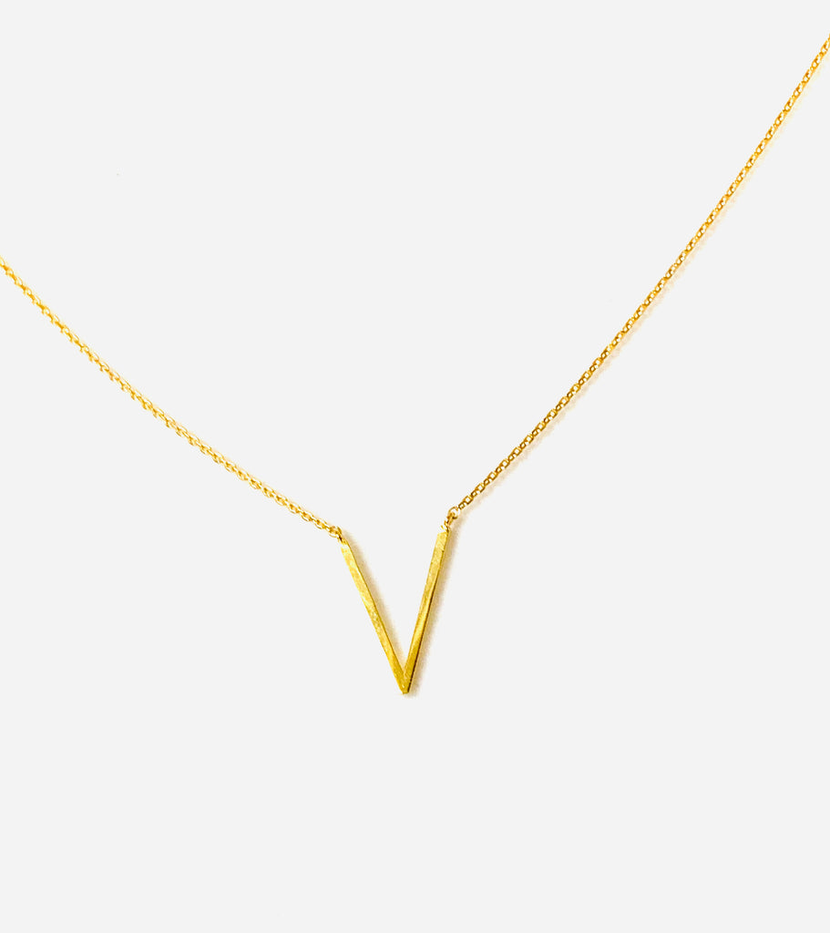 Necklace gold or silver with V pendant - Ilumine Gallery Store dainty jewelry affordable fine jewelry