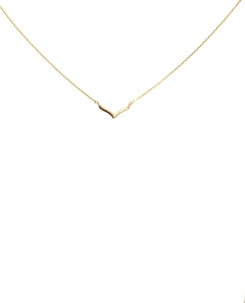 Necklace yellow gold or sterling silver with relax V like pendant - Ilumine Gallery Store dainty jewelry affordable fine jewelry