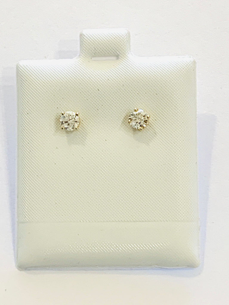 Solid yellow gold solitaire studs