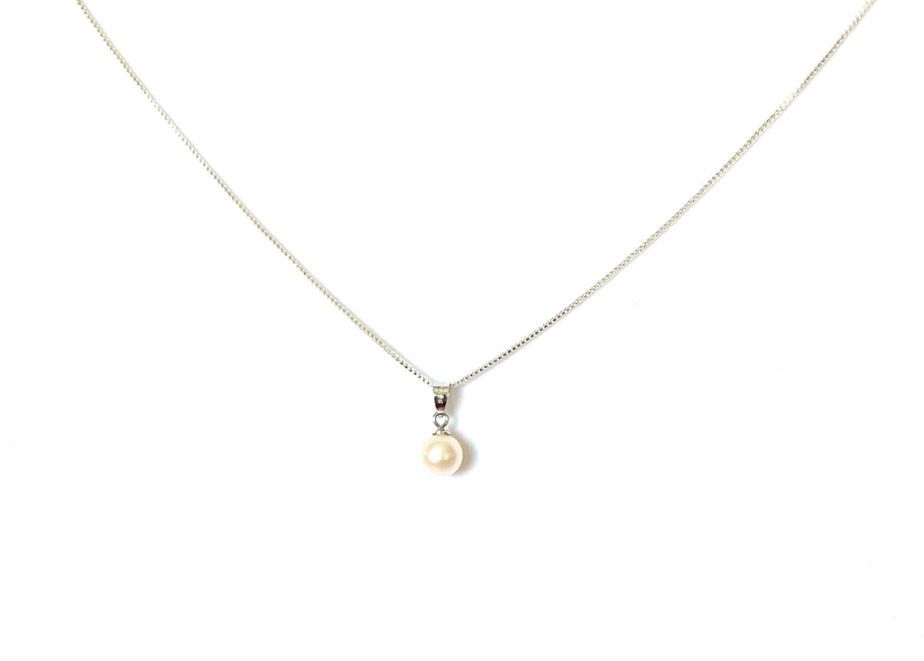 Sterling silver freshwater pearl necklace - Ilumine Gallery Store dainty jewelry affordable fine jewelry