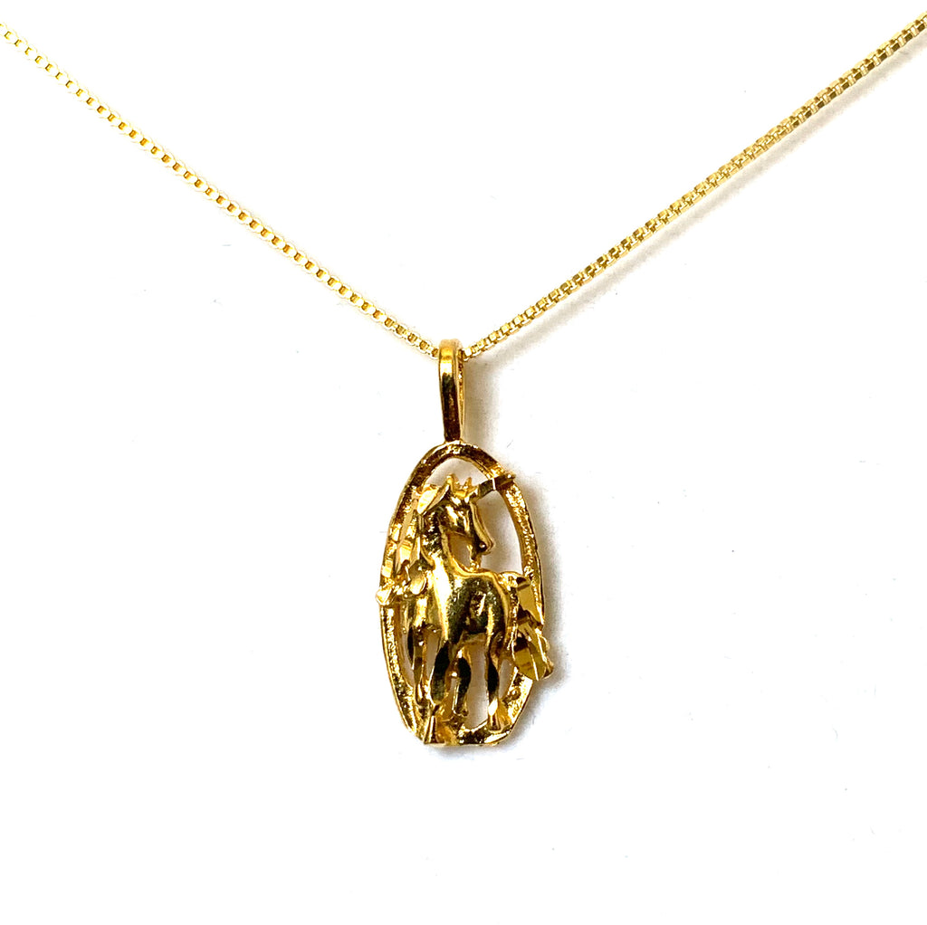 Necklace yellow gold with horse pendant - Ilumine Gallery Store dainty jewelry affordable fine jewelry