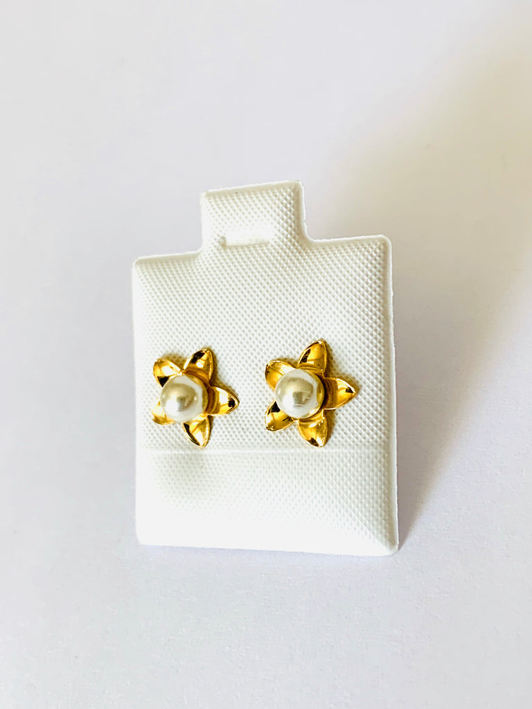 Earrings yellow gold pearl star stud earrings - Ilumine Gallery Store dainty jewelry affordable fine jewelry
