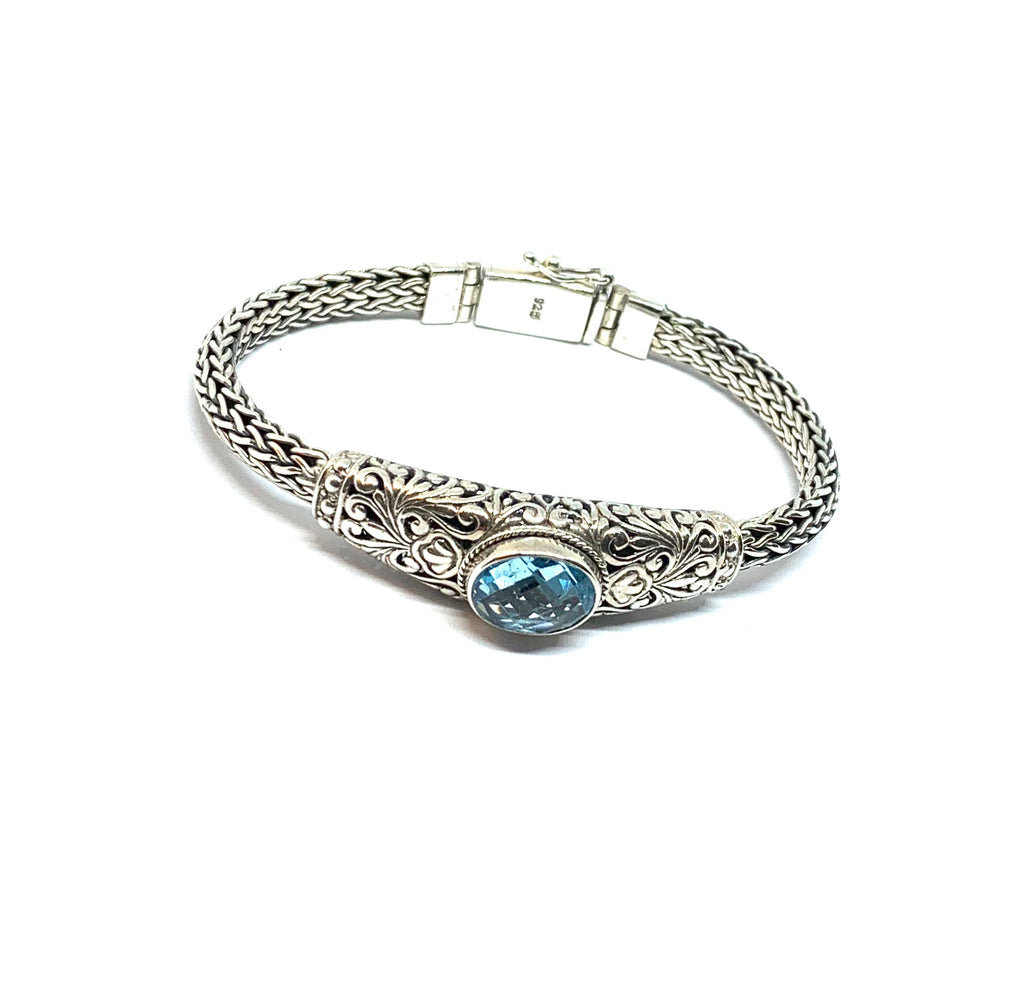 Silver blue topaz bangle bracelet - Ilumine' Gallery