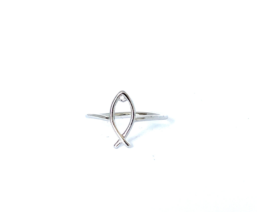 Sterling silver fish ring - Ilumine Gallery Store dainty jewelry affordable fine jewelry
