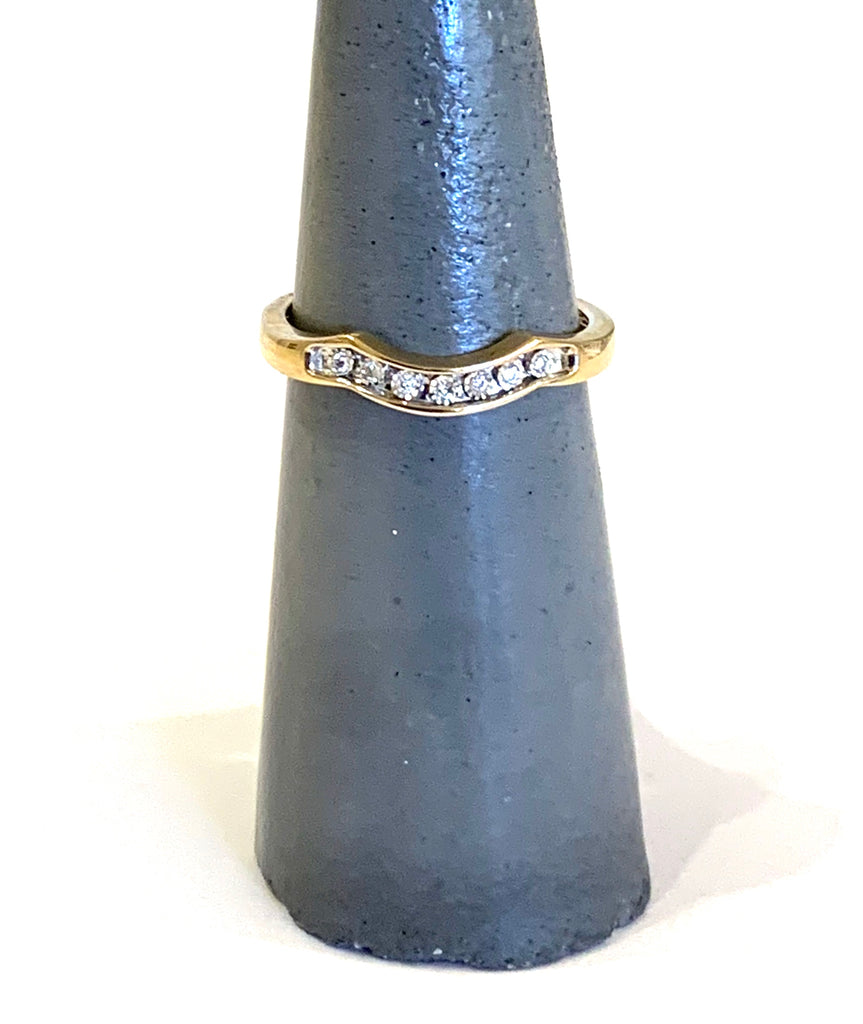 Solid Yellow Gold diamond chevron ring - Ilumine Gallery Store dainty jewelry affordable fine jewelry