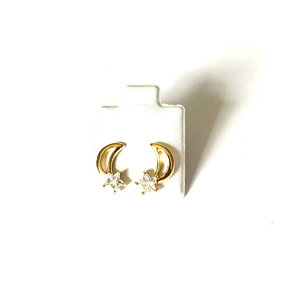 Earrings yellow gold vermeil moon and stars - Ilumine Gallery Store dainty jewelry affordable fine jewelry