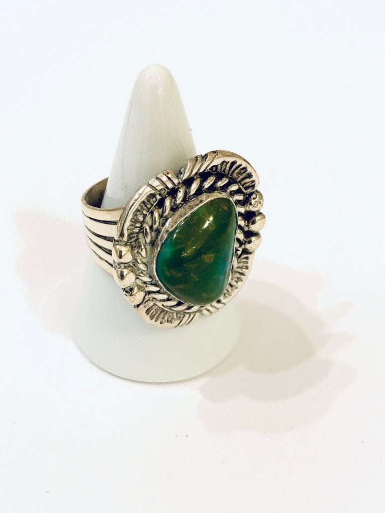 Sterling silver handcrafted turquoise ring - Ilumine Gallery Store dainty jewelry affordable fine jewelry