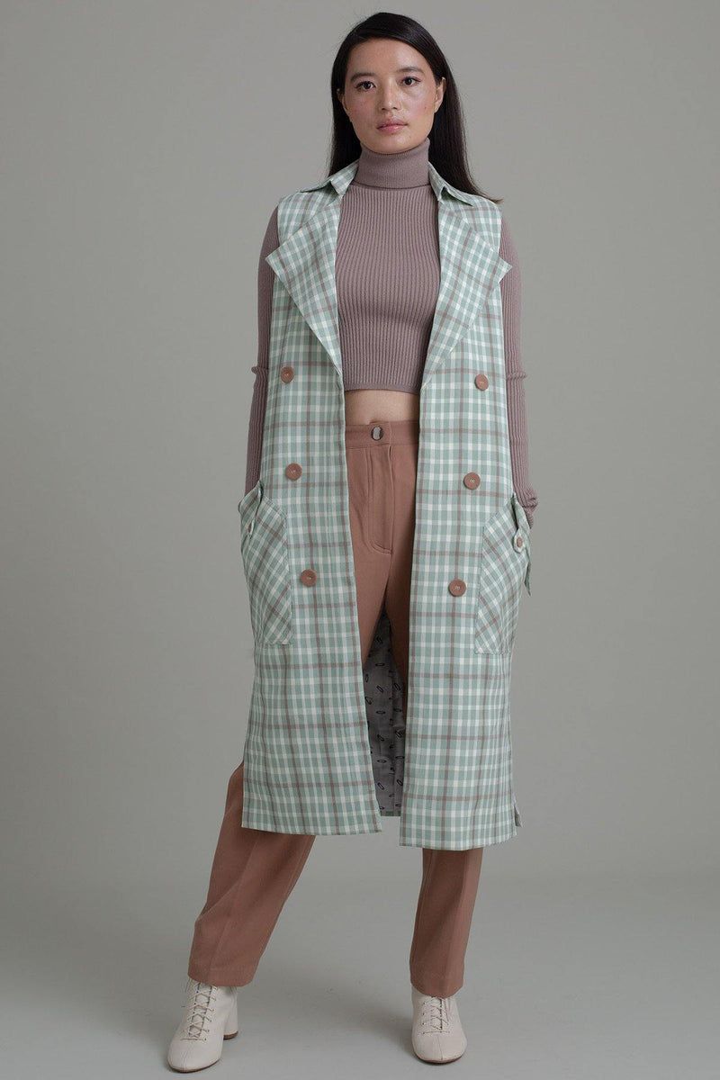 EARTHY PLAID SLEEVELESS TRENCH