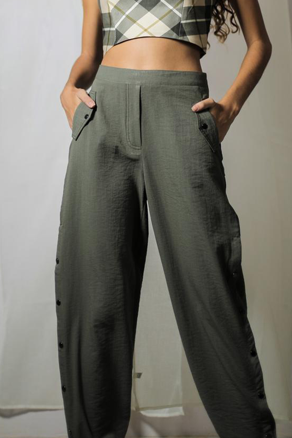 OLIVE BUTTONED JOGGERS