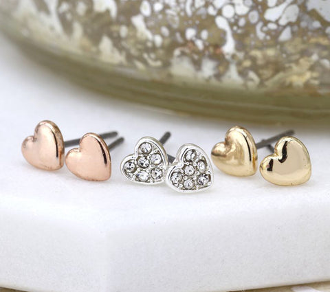Set of heart studs
