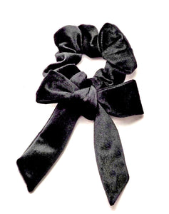 Black velvet bow Scrunchie
