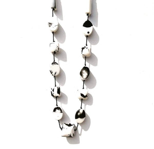 Black and white chunky necklace