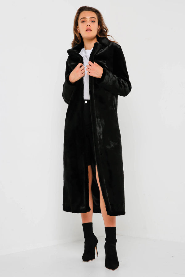 The Black Bird Coat in Black