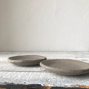 SET OF 2 DISHES - dia 11 cm