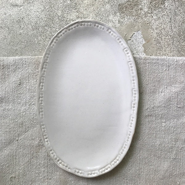 OVAL PLATTER, shiny white