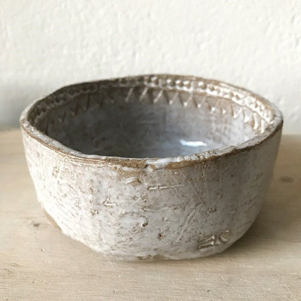 BOWL  - dia 12,5 cm, modern rustic, bohemian style, imperfectionlove, foodphotography, foodstyling