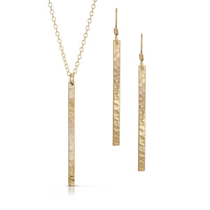 Gold skinny bar jewelry set.