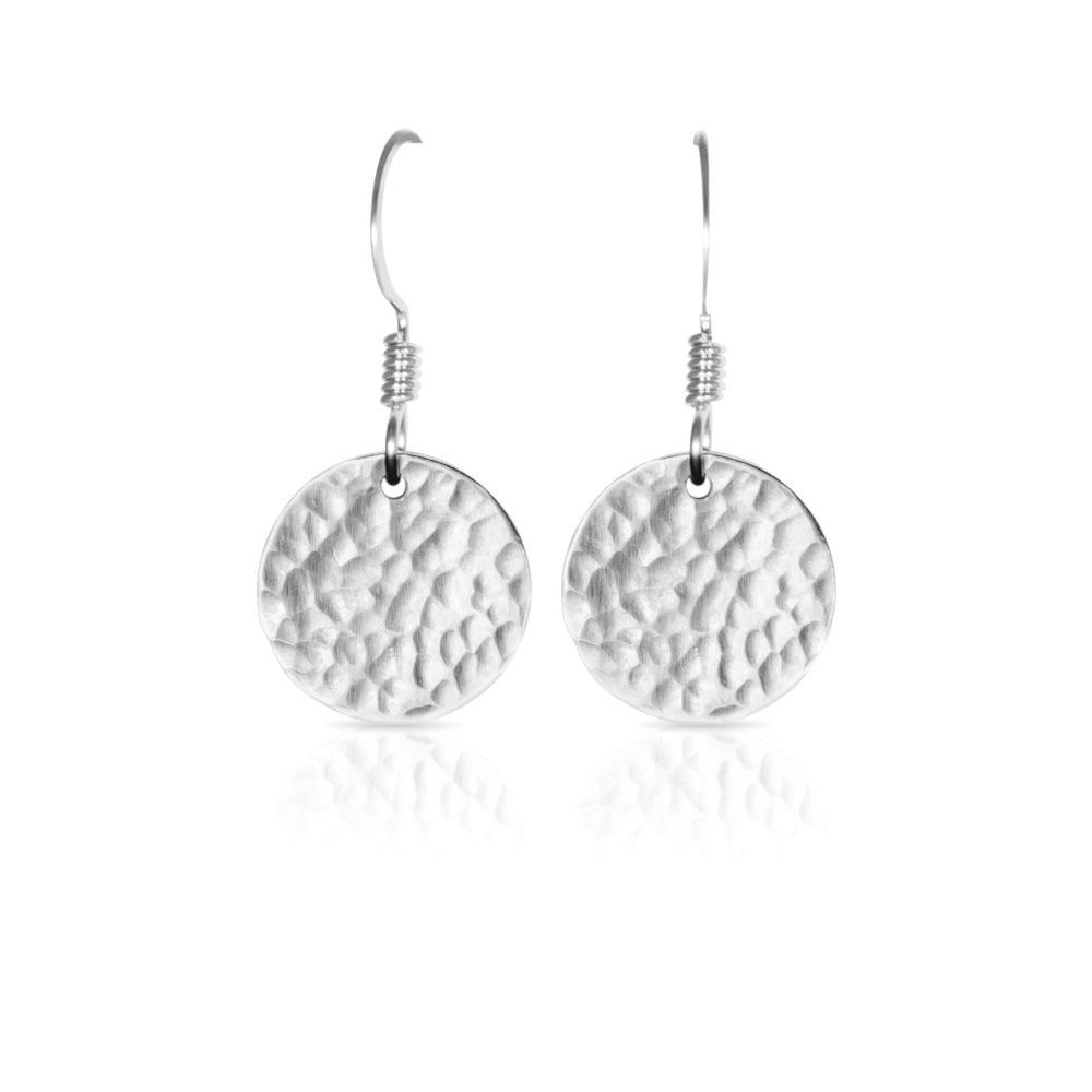 Textured silver flat round earrings.