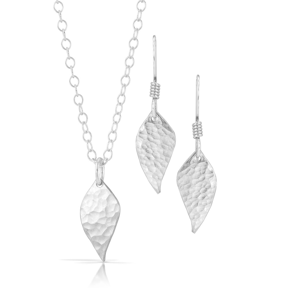 Load image into Gallery viewer, Handmade silver leaf jewelry set.