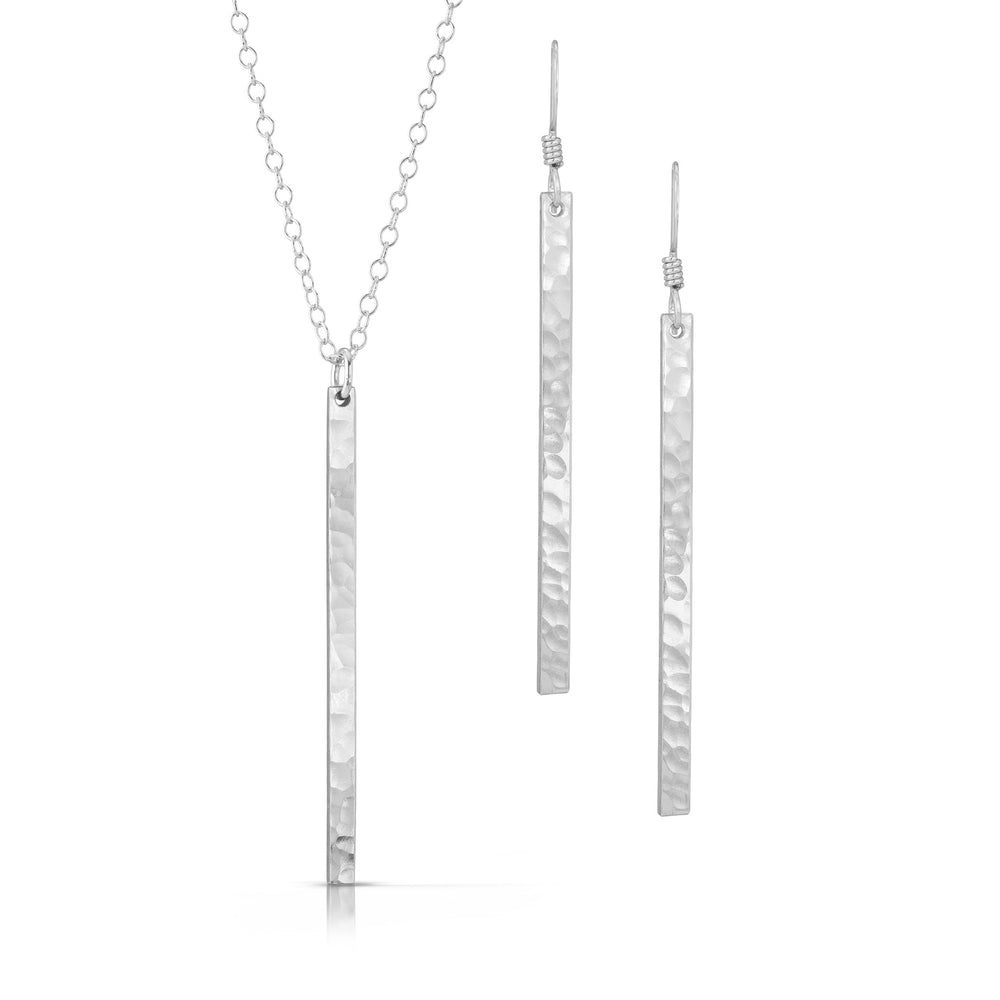Textured silver skinny bar jewelry set.