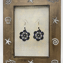 Load image into Gallery viewer, Hanging black and white flower earrings