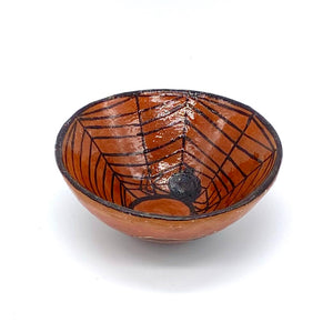 The weaving spider bowl