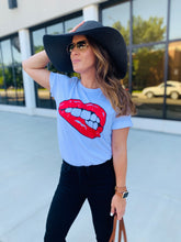 Load image into Gallery viewer, Lips Tee