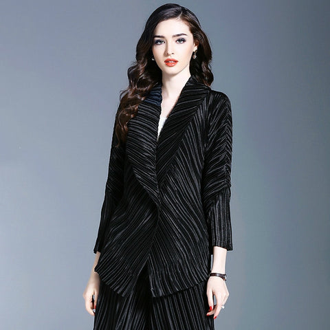 LANMREM 2020 New Fashion Pleated Lapel Cardigan Jacket Female's Personality High Quality Three Quarter Sleeve Coat Vestido YF548