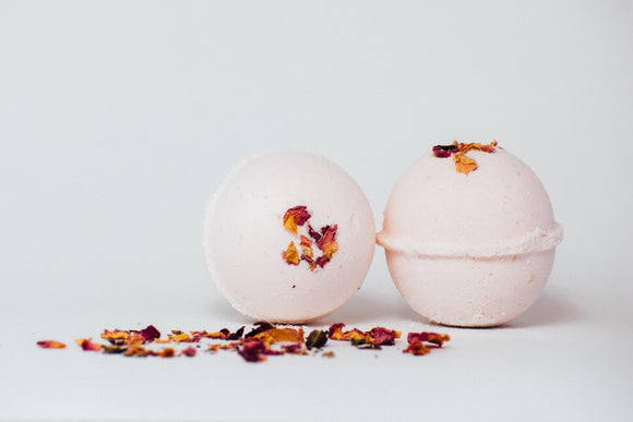 Rosewood Vanilla Bath Bomb - Willowandbramble