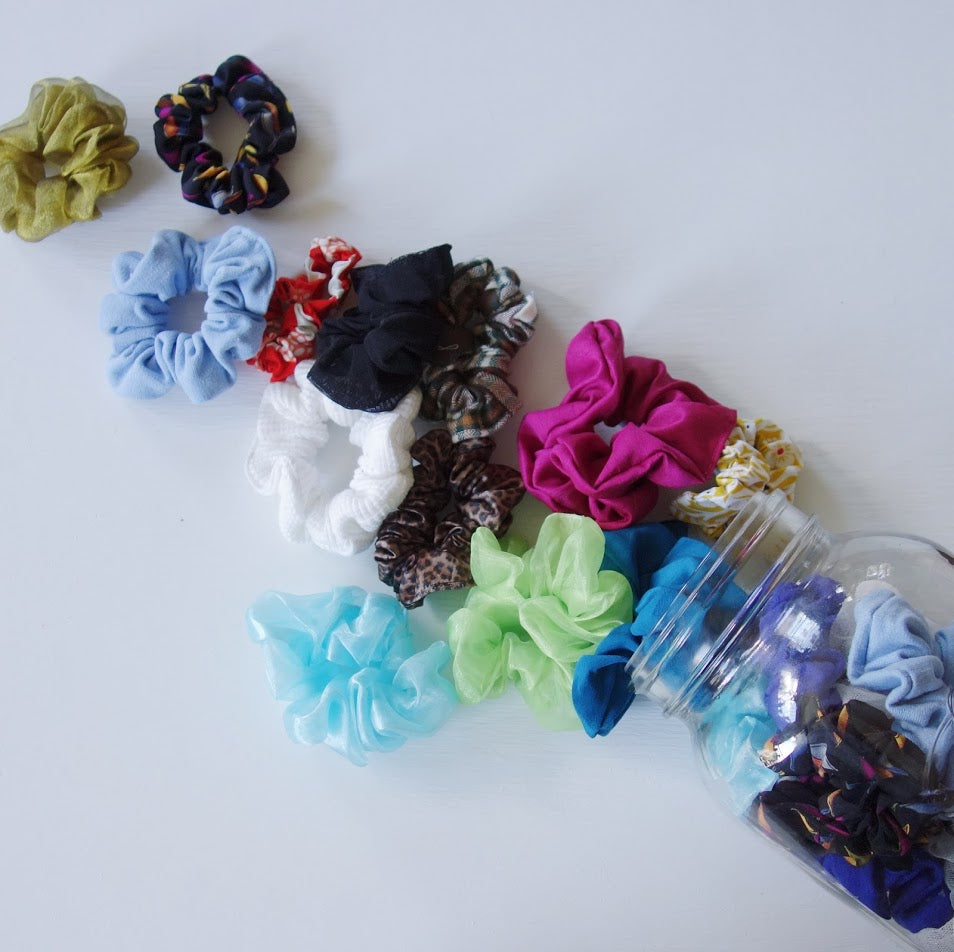 MYSTERY Scrunchie 3 Pack