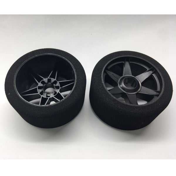 HR08FB32   Hot Race 1:8 32 Shore Front Tyres Mounted on CARBON Rims.