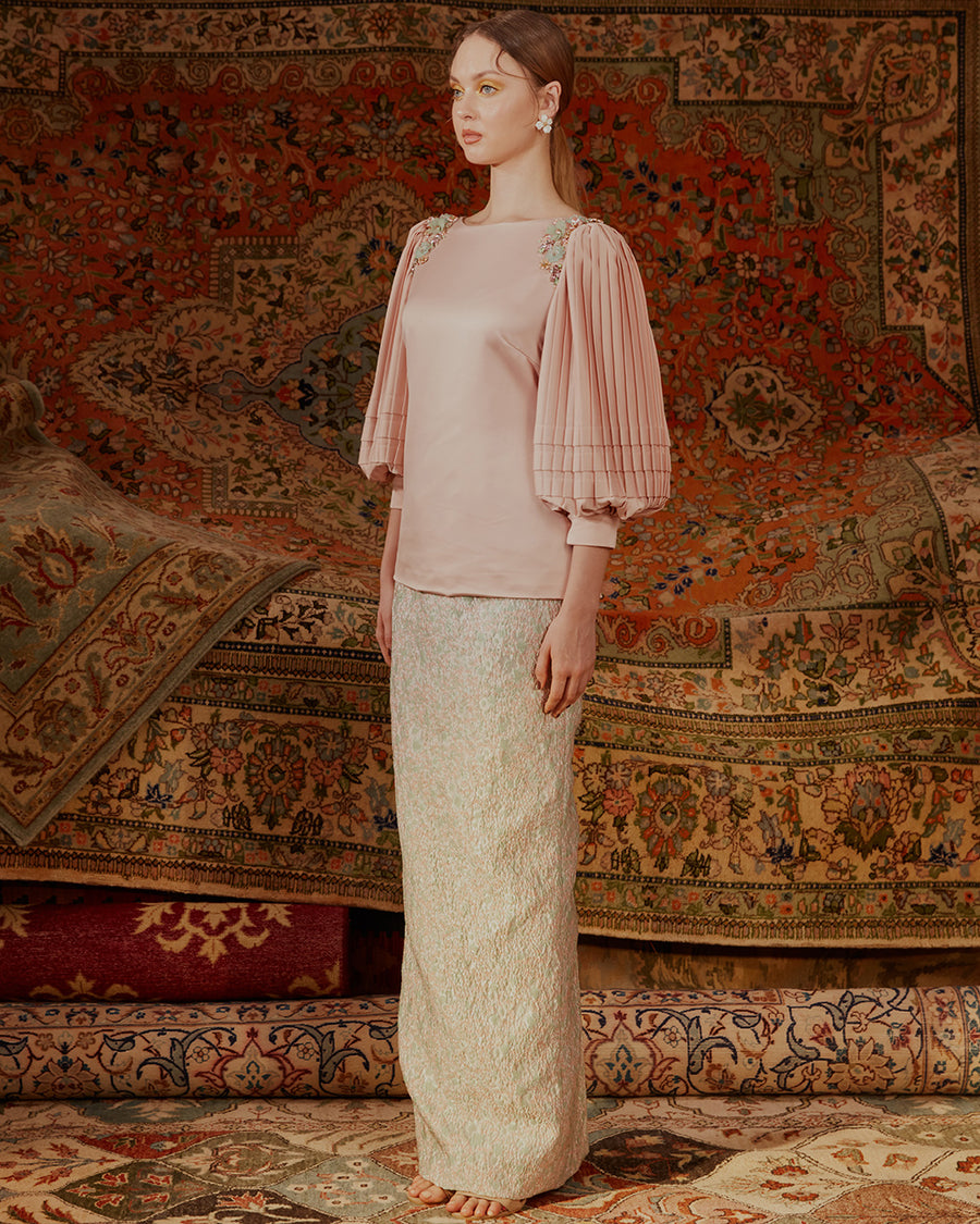 ZAHRA - MODERN KURUNG WITH PLEATED SLEEVES AND FOLDS WITH BROCADE SKIRT