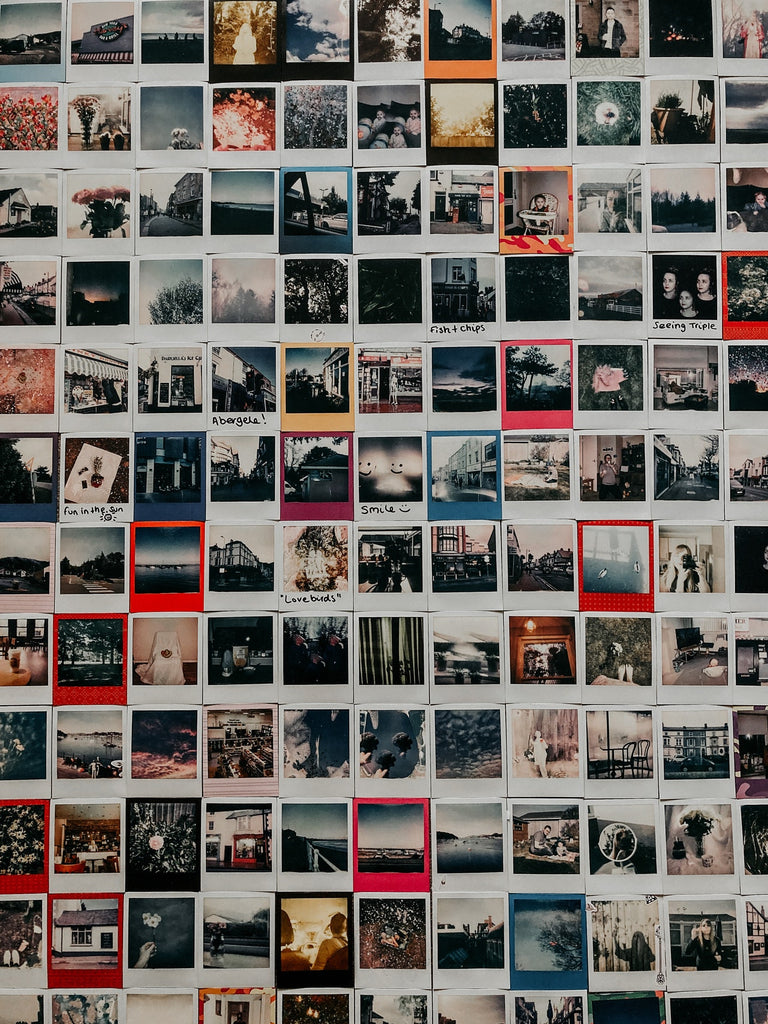 dorm room photo wall collage