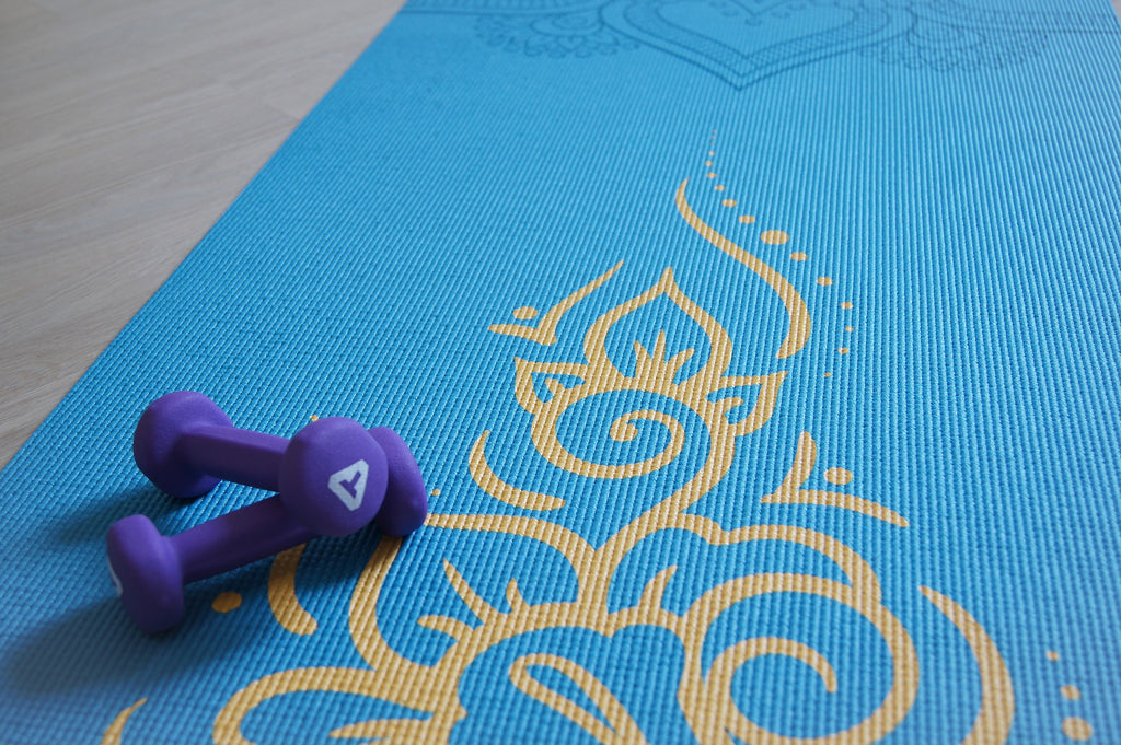 yoga mat with weights