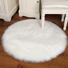 Load image into Gallery viewer, Round Fur faux rug