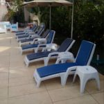 foldable poolside plastic lounge chair