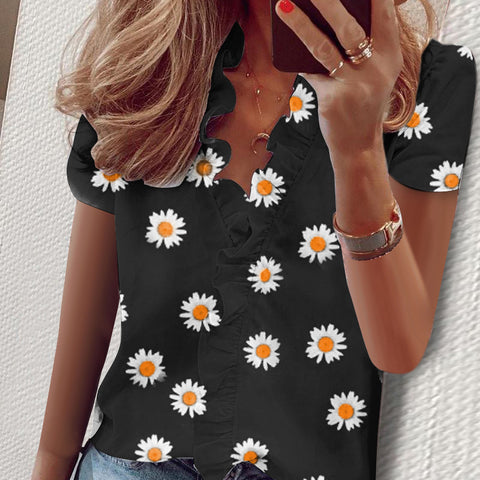 Short-sleeved Daisy Print V-neck Shirt