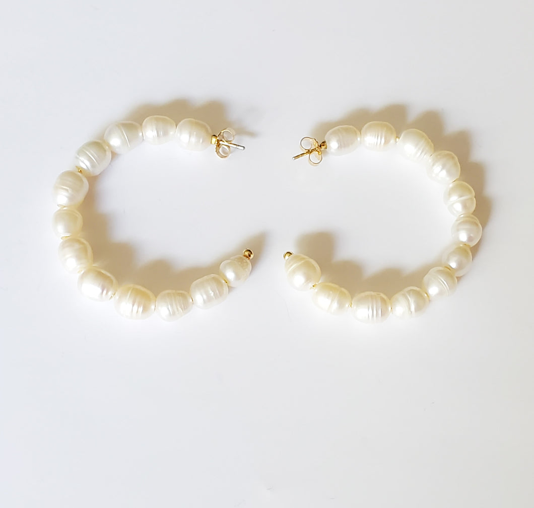 Half Hoop Pearls Earrings