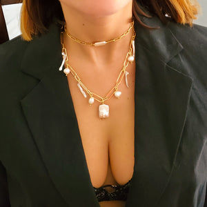 Modern Pearls Necklace