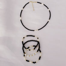Load image into Gallery viewer, Black Crystals and Pearls Necklace/Choker