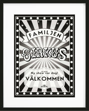 Load image into Gallery viewer, Tavla med familjen-cirkus poster