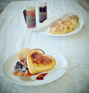 Heart-y Flapjack Breakfast Box LARGE